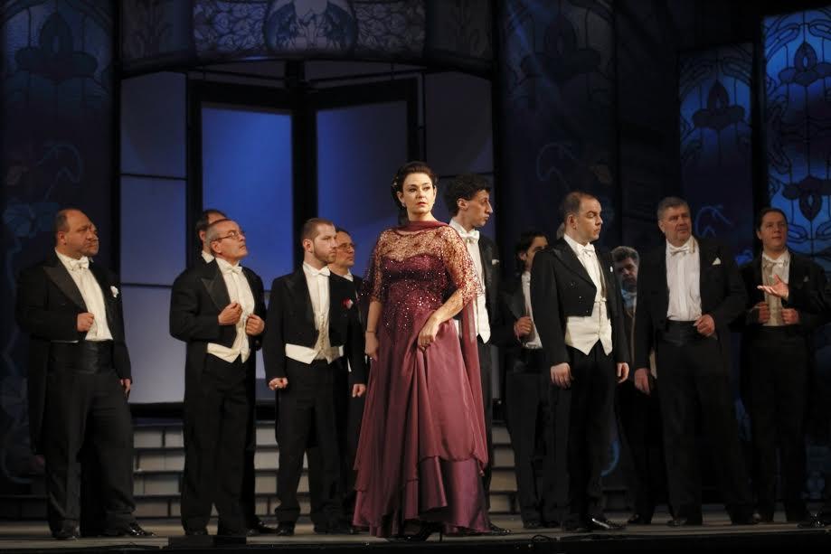 novogodishen-opereten-bal